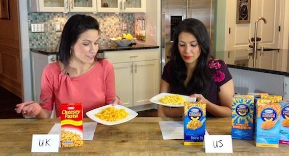 Le due blogger nel video di denuncia contro la Kraft pubblicato su YouTube