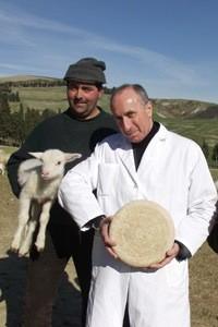 Guido Pinzani, sulla destra - foto Caseificio Pinzani®