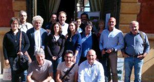 Foto di gruppo per i ricercatori dell'associazione Rare a Guastalla, sabato 24 settembre 206: Si riconoscono il presidente uscente, Daniele Bigi (terzo da sinistra, in piedi) e il neopresidente Floro De Nardo (primo da destra, accovacciato)